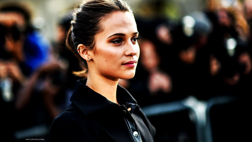 Alicia Vikander wallpaper titled Alicia Wallpaper