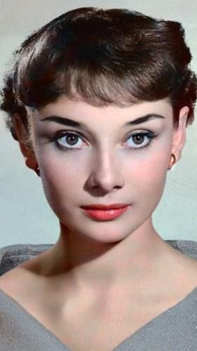 JosepineJackson wallpaper entitled Audrey Hepburn
