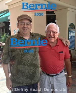 Bill Santos Feels The Bern In Delray ساحل سمندر, بیچ Florida