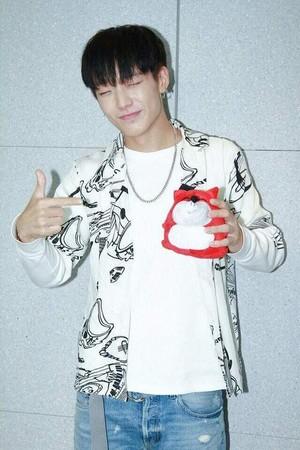 iKON ~GOODBYE ROAD LIVE(KBS) 💖💖💖 - iKON video - Fanpop