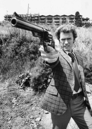 Clint on the set of Dirty Harry (1971)