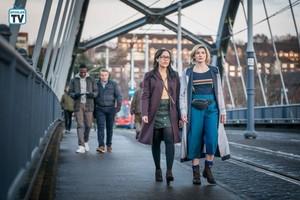 Doctor Who - Episode 11.04 - Arachnids in the UK - Promo Pics