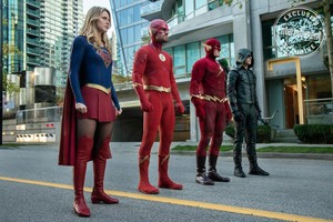 Elseworlds - First Look Photo
