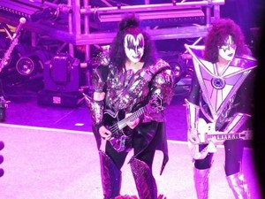 kiss KRUISE VIII ~November 3, 2018 fotos por Julian Gill