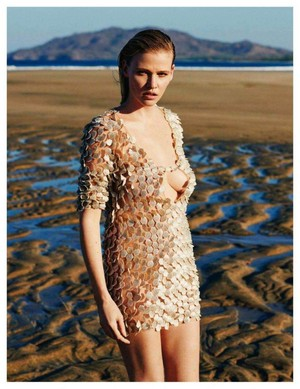Lara Stone for Vogue Spain [May 2018]