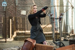 Legends of Tomorrow - Episode 4.05 - Tagumo Attacks - Promo Pics