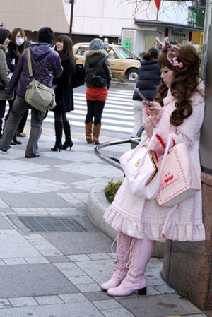 Lolita Candids
