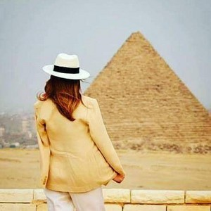 MELANIA TRUMP کتیا, کتيا IN EGYPT