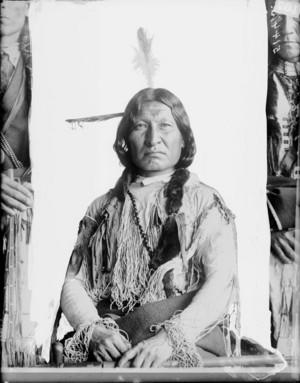 Nakui-Owaisto または Nugkutizuwais (Yellow Bear) Cheyenne ~Gill JAN 1899