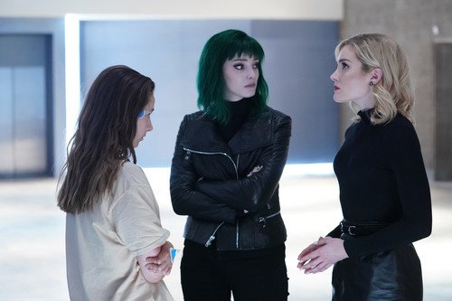"""The Gifted (TV Series) 壁纸 called The Gifted """"afterMath"""" (2x05) promotional picture"""