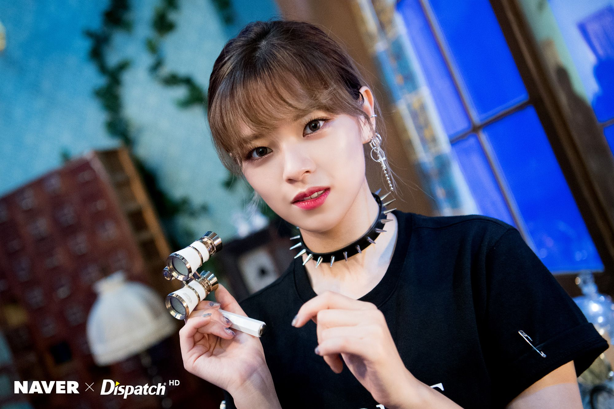 "Twice Jeongyeon ""YES или YES"" MV Shooting by Naver x Dispatch"