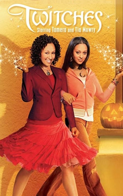 Twitches (2005)