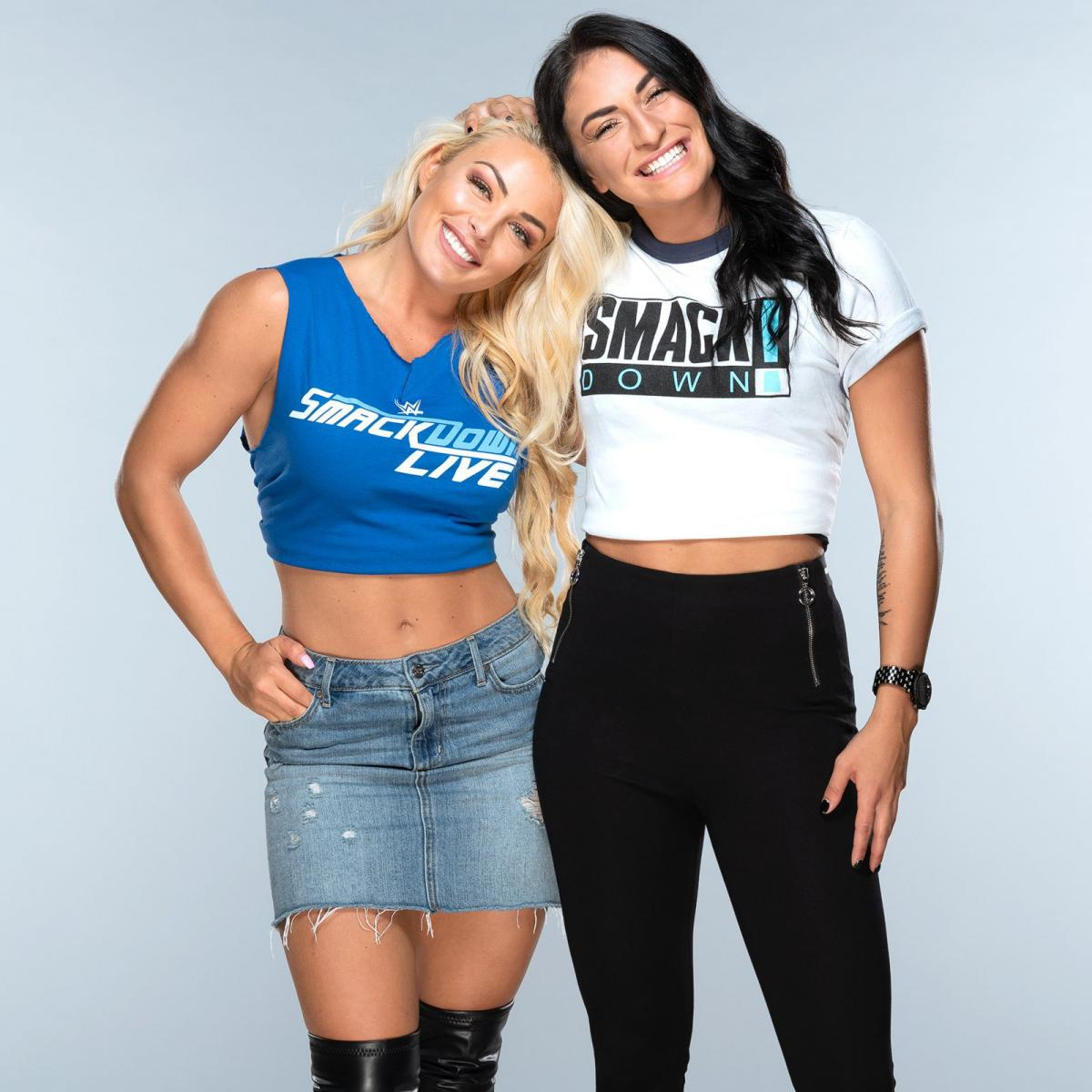 With-Sonya-Deville-mandy-rose-41606375-1
