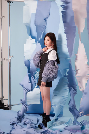 'From.9' جیکٹ behind - Hayoung