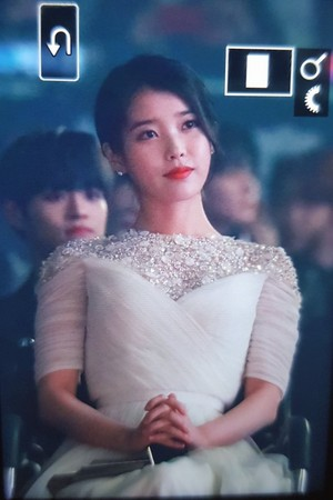 281118 IU at 2018 Asia Artist Awards