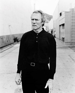 Clint Eastwood photographed on April 17, 1997 in Los Angeles, California (Photo 由 Michel Haddi)