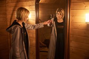 Doctor Who - Episode 11.09 - It Takes tu Away - Promo Pics