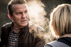 Doctor Who - Episode 11.09 - It Takes 你 Away - Promo Pics