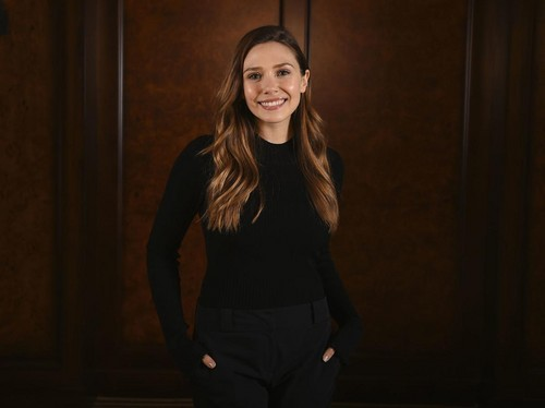 Elizabeth Olsen fond d'écran titled Elizabeth Olsen