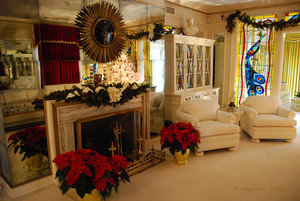 Elvis Presley's - Graceland at Christmas