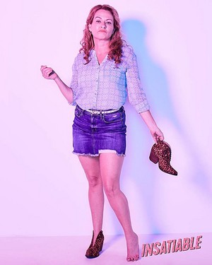 Insatiable - Season 1 Photoshoot - Sarah Colonna as Angie Bladell