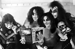 吻乐队(Kiss) ~Long Beach, California...May 31, 1974