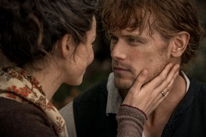 "Outlander ""America The Beautiful"" (4x01) promotional picture"