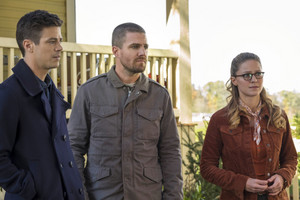 "The Flash 5.09 ""Elseworlds Part I"" Promotional 图片 ⚡️"