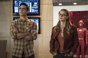"The Flash 5.09 ""Elseworlds Part I"" Promotional larawan ⚡️"