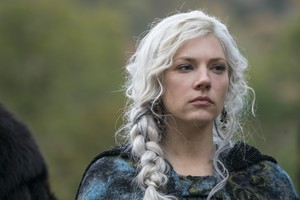 """Vikings """"A New God"""" (5x13) promotional picture"""