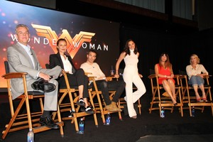 """""""Wonder Woman"""" (2017) - 3 LABS Soundstage Press Conference"""