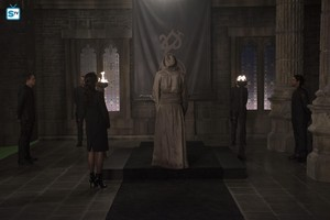 "3x08 | ""A 심장 of Darkness"" | Promo 사진"