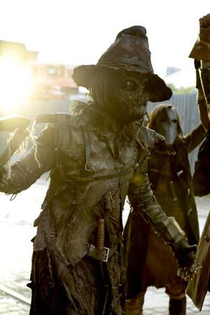 5x01 - taon Zero - Scarecrow