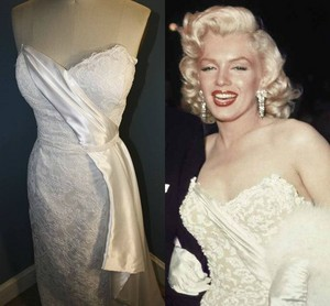 A Dress Worn sejak Marilyn Monroe