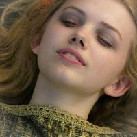 Cassie Ainsworth Иконки