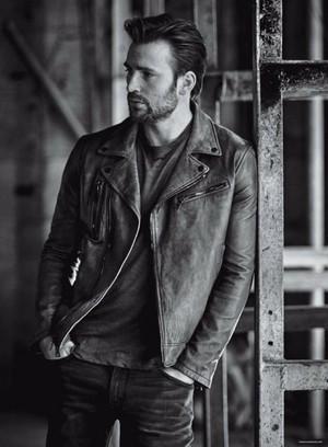 Chris Evans Photographed sejak Matthew Brookes for InStyle Magazine (2016)