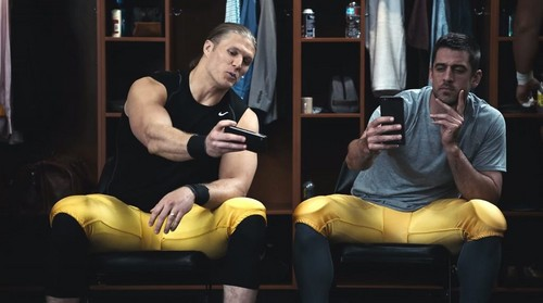 Green baía Packers wallpaper called Clay Matthews and Aaron Rodgers