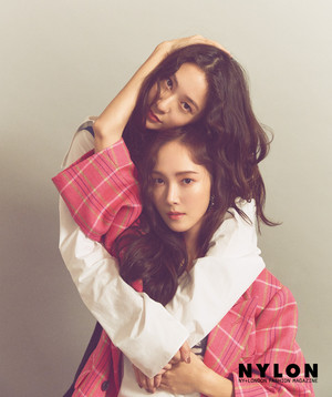 Jessica and Krystal - Nylon January 2019