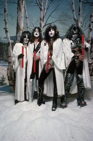 KISS ~Hollywood, California...October 19, 1976 (Creem Magazine photo session)