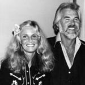 Kenny Rogers And K7m Carnes