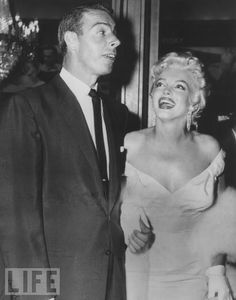 Marilyn And 秒 Husband, Joe DiMaggio
