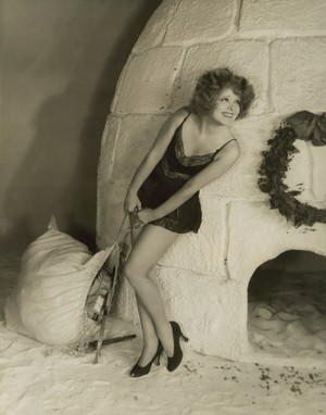 Merry クリスマス from Clara Bow