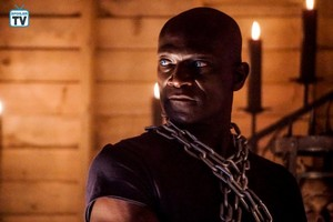 """Midnight, Texas """"Patience is a Virtue"""" (2x08) promotional picture"""