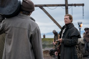 "Outlander ""Down the Rabbit Hole"" (4x07) promotional picture"