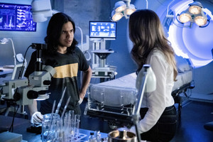 "The Flash 5.10 ""The Flash and The Furious"" Promotional Images ⚡️"