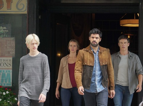 """The Gifted (TV Series) 바탕화면 called The Gifted """"eneMy of My eneMy"""" (2x10) promotional picture"""