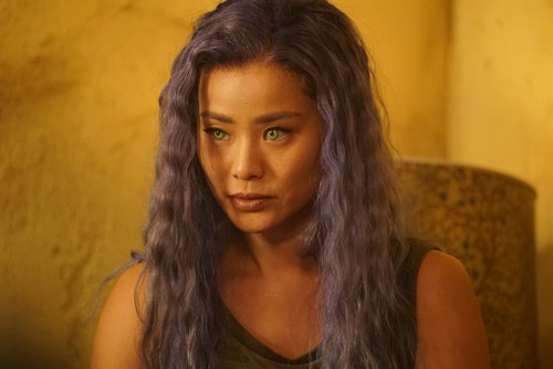 """The Gifted (TV Series) 바탕화면 titled The Gifted """"hoMe"""" (2x12) promotional picture"""