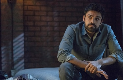 """The Gifted (TV Series) 바탕화면 titled The Gifted """"meMento"""" (2x11) promotional picture"""