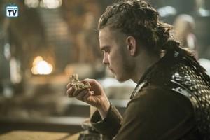 Vikings - Episode 5.16 - The Buddha - Promotional mga litrato