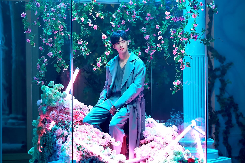 'All Night' MV behind - Eunwoo